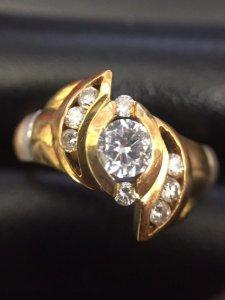 静岡市清水区でダイヤモンドなどの宝石を売るなら高額買取の大吉イトーヨーカドー静岡店